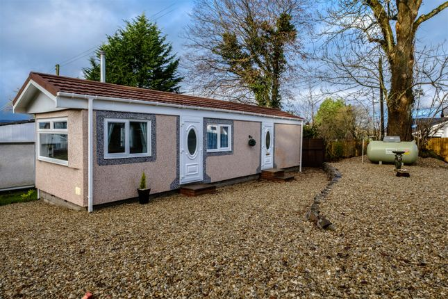 Thumbnail Mobile/park home for sale in Crossways Park, Howey, Llandrindod Wells