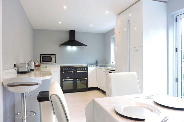Thumbnail Room to rent in Pallant Gardens, Wallington, Fareham