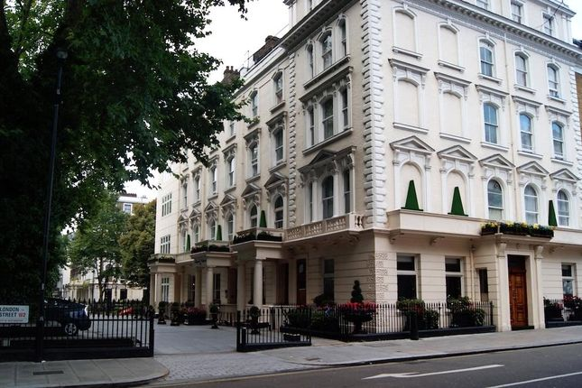 Picture No. 05 of Sussex Gardens, London W2
