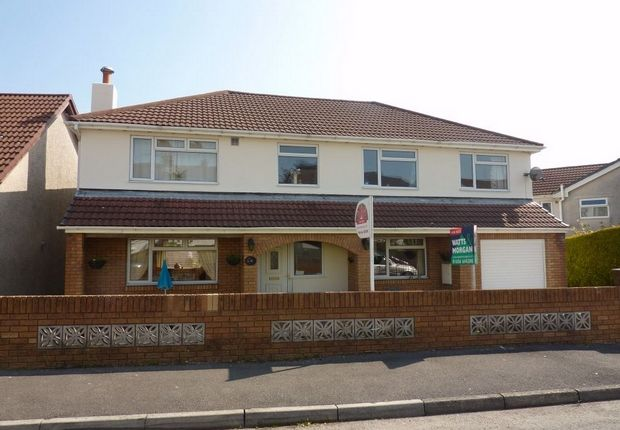 Thumbnail Detached house for sale in 41 Darren View, Llangynwyd, Maesteg, Mid Glamorgan