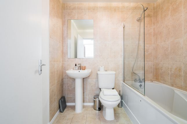 Bathroom of Richardsons Mews, London W1T