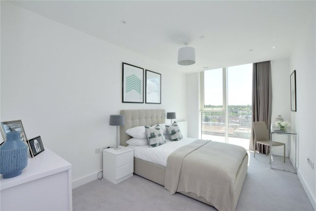 Picture No. 03 of Wyndham Apartments, 60 River Gardens Walk, Greenwich, London SE10