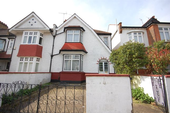 Picture No. 16 of Chislehurst Avenue, North Finchley, London N12