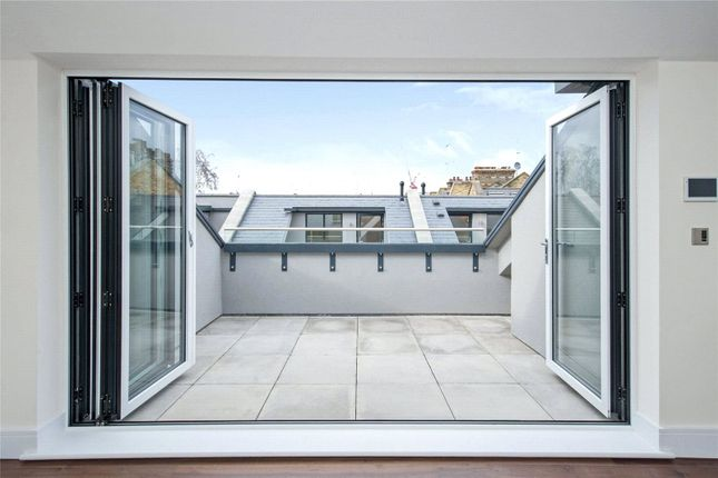 Picture No. 05 of Hob Mews, Tadema Road, Chelsea SW10