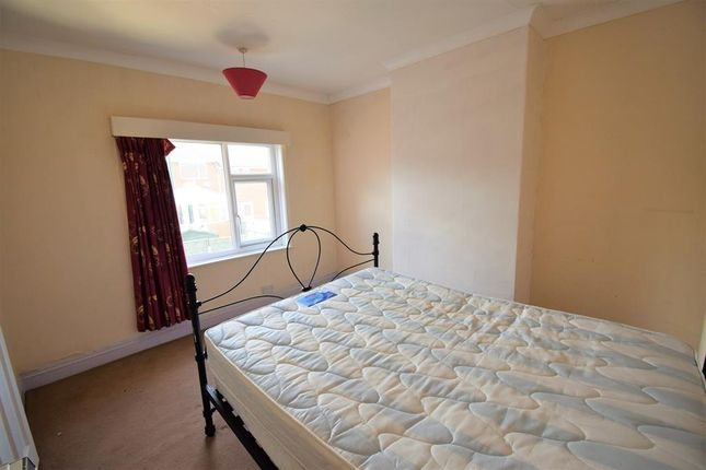Bedroom 2 of Gladstone Street, Carlin How, Saltburn-By-The-Sea TS13