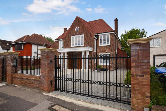 Thumbnail Detached house to rent in Oakington Avenue, Wembley