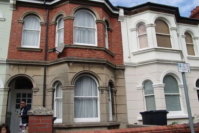 Thumbnail Terraced house to rent in Eastcourt Road, Worthing, West Sussex