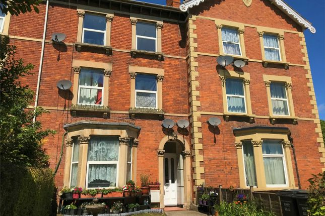Thumbnail Flat to rent in Clifton Terrace, Taunton