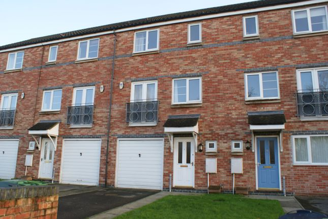Thumbnail Town house to rent in St Cuthberts Road, Village Heights, Gateshead, Tyne & Wear