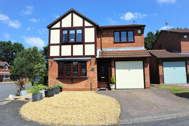 Thumbnail Detached house for sale in Woodbridge Close, Walsall