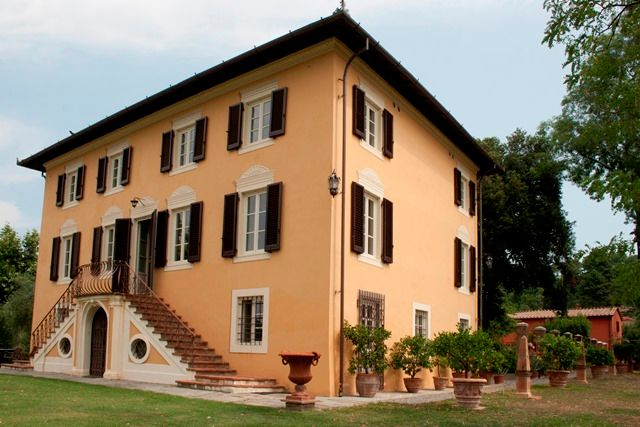 Thumbnail Detached house for sale in Near Lucca, Tuscany, Italy