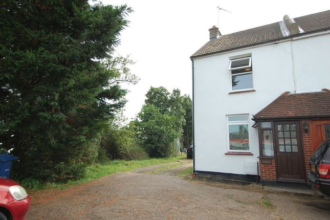Thumbnail Cottage to rent in Sandy Lane, Grays
