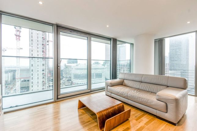 Thumbnail Flat to rent in Landmark East Tower, Canary Wharf
