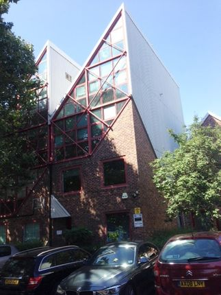 Thumbnail Commercial property to let in Skylines Village, London