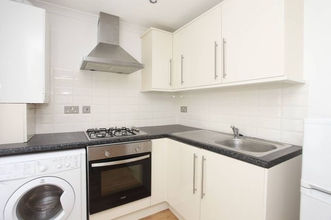 Thumbnail Flat to rent in Turville Street, Shoreditch