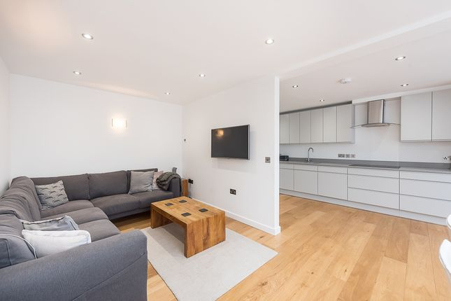 Thumbnail Semi-detached house to rent in Mount Pleasant, St.Albans