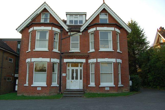 1 bed flat for sale in Hazelgrove Road, Haywards Heath