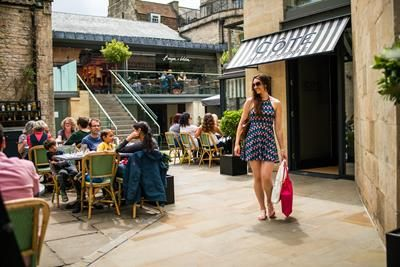 Thumbnail Restaurant/cafe to let in Milsom Place, Milsom Street, Bath, Somerset