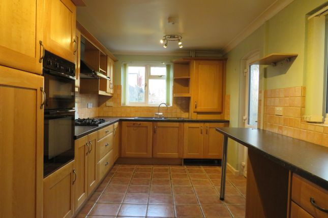 Thumbnail Terraced house to rent in King Street, Yeovil