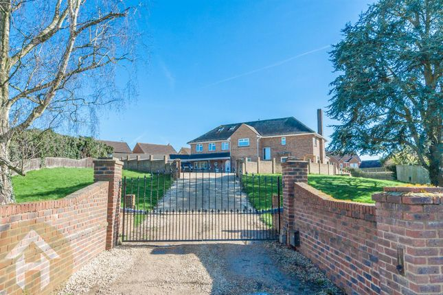 Thumbnail Detached house for sale in Stoneover Lane, Royal Wootton Bassett, Swindon