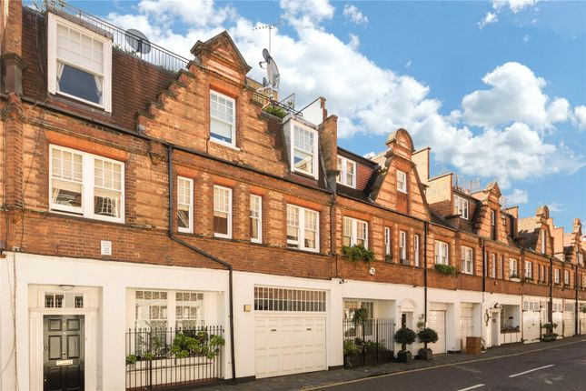 3 bed mews house for sale in Holbein Mews, London