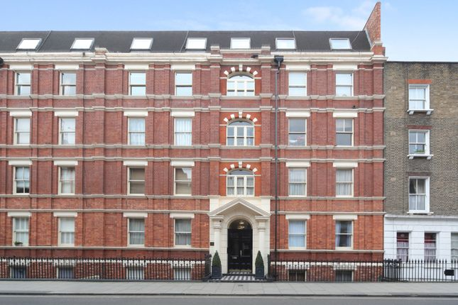 2 bed flat to rent in Clifton House, Cleveland Street, Fitrovia, London
