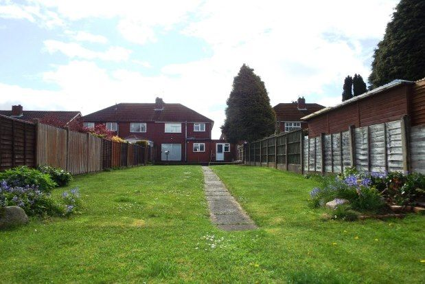 3 bed property to rent in Hednesford Road, Cannock WS11