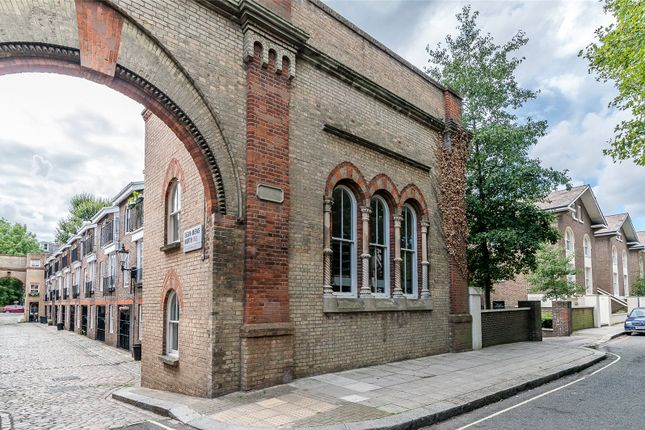 Thumbnail Mews house for sale in Elgin Mews North, Maida Vale, London