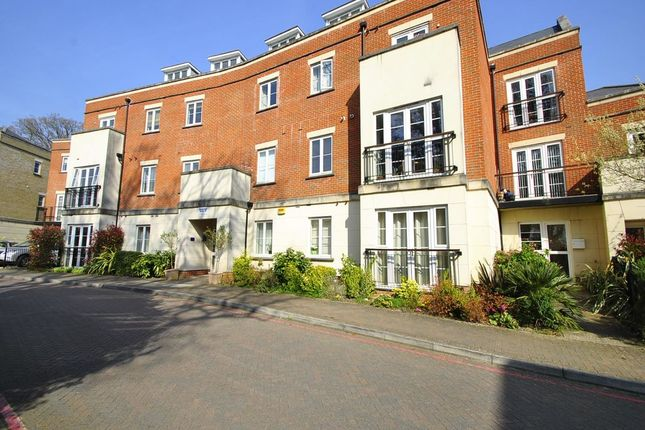 Thumbnail Flat for sale in Providence Park, Southampton