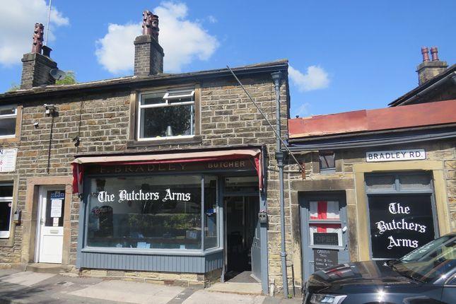 Thumbnail Pub/bar for sale in Bradley Road, Silsden