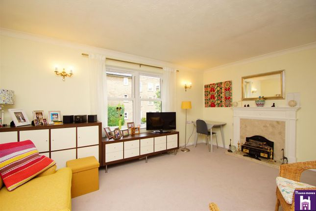 Living Room of Pittville Circus Road, Cheltenham GL52