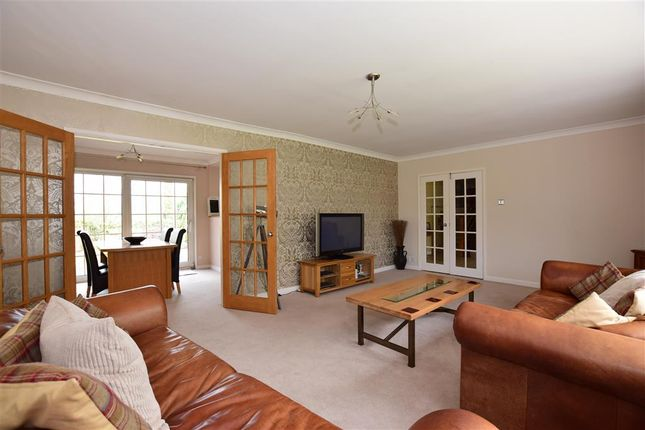 Thumbnail Detached house for sale in Watling Street, Strood, Rochester, Kent