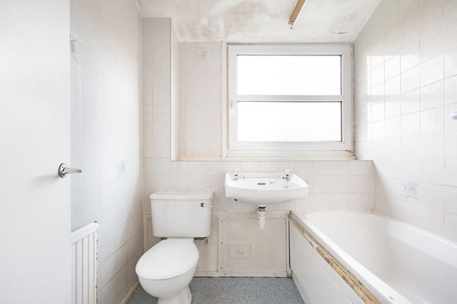 Bathroom of Millfield, New Ash Green, Longfield DA3