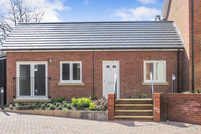 Thumbnail Bungalow for sale in Wing Road, Leighton Buzzard