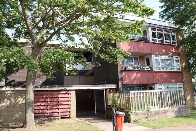 Thumbnail Flat for sale in Markhams Chase, Basildon