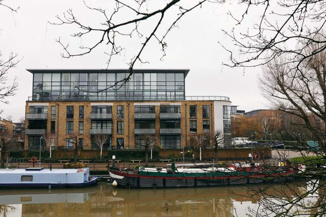 Thumbnail Flat for sale in Point Wharf Lane, Brentford