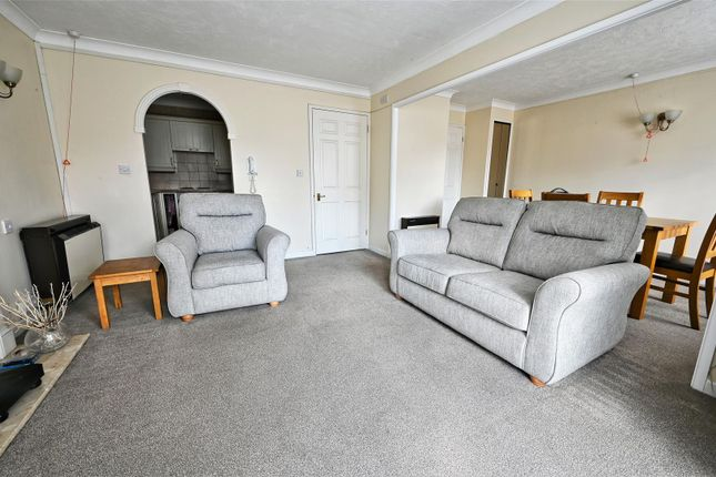 Lounge of Campbell Road, Bognor Regis PO21