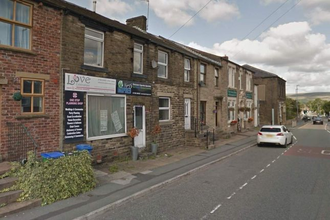Thumbnail Commercial property for sale in New Road, Littleborough