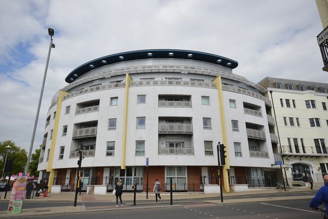 Thumbnail Flat for sale in Grand Parade, Brighton