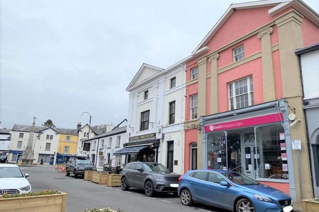 1 bed flat to rent in Flat 2, 52 High Street, Crickhowell NP8