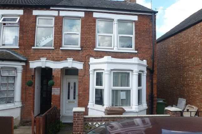 Thumbnail Semi-detached house to rent in Oakroyd Crescent, Wisbech