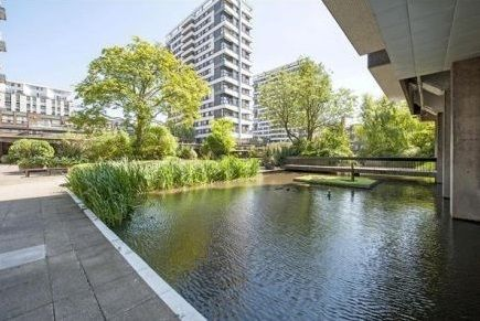 Thumbnail Property for sale in The Water Gardens, London