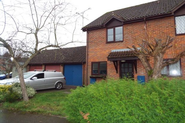 Thumbnail Property to rent in Broadlands Close, Bentley, Farnham