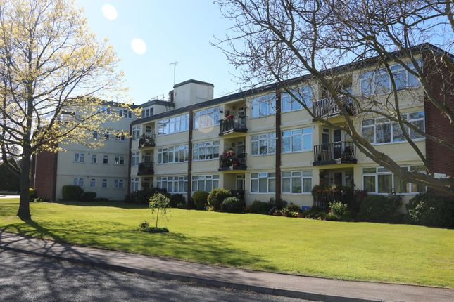 Thumbnail Flat for sale in Lord Warden Avenue, Walmer, Deal