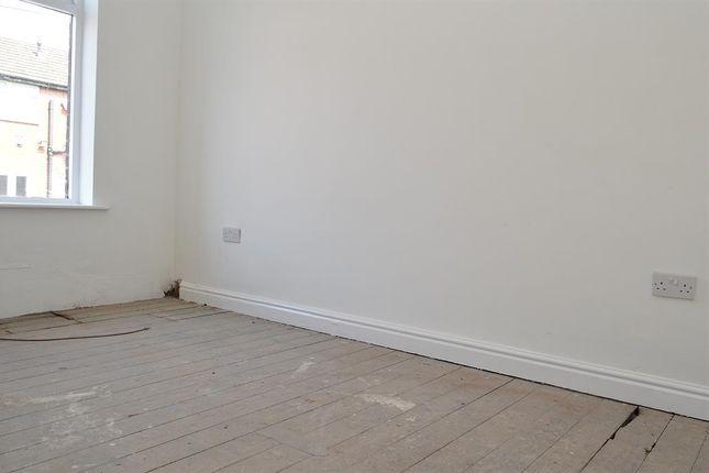 Bedroom 2 of Urmson Street, Oldham OL8