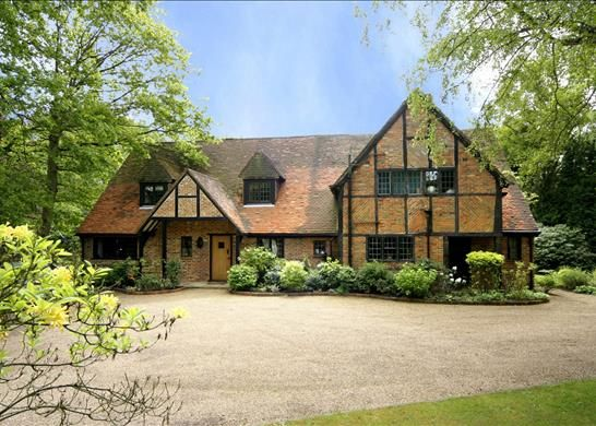 Thumbnail Detached house to rent in Earleydene, Ascot, Berkshire