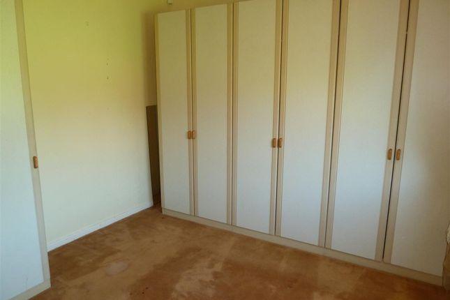 Bedroom of Kelso Grove, Dalton, Huddersfield HD5