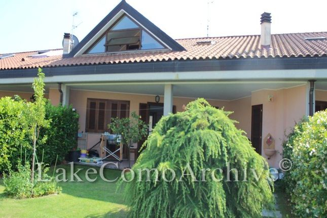 4 bed town house for sale in Dongo, Lake Como, Italy