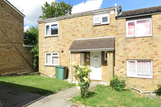 Thumbnail Property to rent in Holst Close, Basingstoke