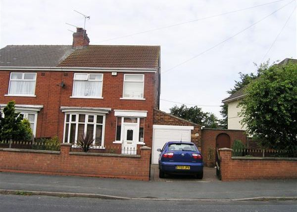 Thumbnail Semi-detached house to rent in Maple Tree Way, Scunthorpe